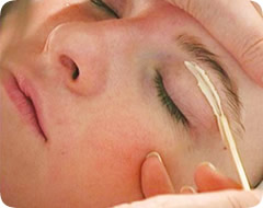 Beauty treatments in Luton and Dunstable: Eye Brow Waxing